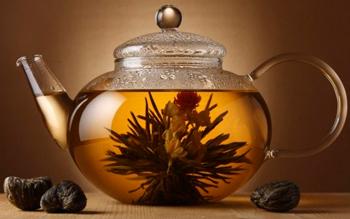 Связанный чай после заваривания